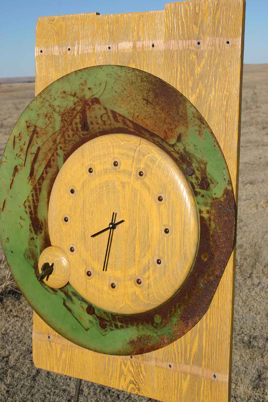 Wing Nut Clock