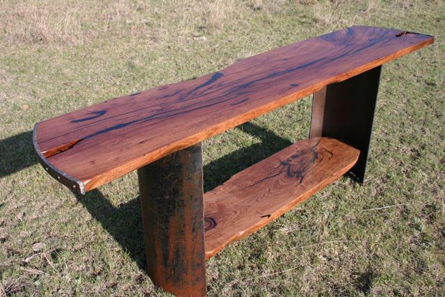 Cap Rim Table
