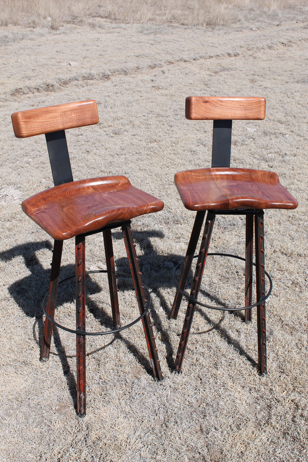 T-Bone Counter Chairs